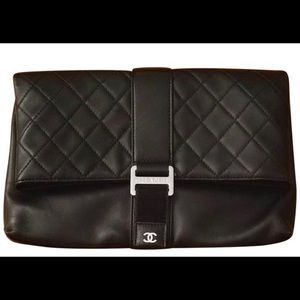 Chanel Grip Clutch Quilted Lambskin EXCELLENT cond